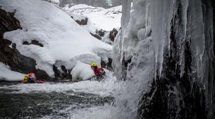 Canyoning-Hautes-Pyrénées-Canyon Hivernal / Ice Canyoning dans les Pyrénées-3