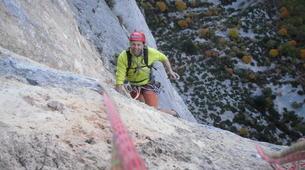 Escalade-Ardèche-Escalade en Grande Voie dans les Gorges de l'Ardèche-3