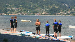 Windsurfing-Lake Como-Windsurfing lessons for adults in Colico, Lake Como-2