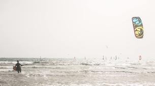 Kitesurf-El Médano, Tenerife-Kitesurfing courses on El Medano Beach, Tenerife-3