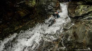 Canyoning-Tarascon-sur-Ariège-Initiation canyon de Marc in Ariège-6