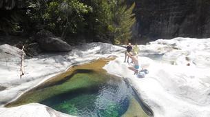 Randonnée / Trekking-Cirque de Cilaos-Randonnée sur le Bras Rouge et à Cilaos à La Réunion-1
