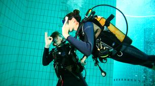 Plongée sous-marine-Paris-Baptême de Plongée sous marine en piscine près de Paris-1