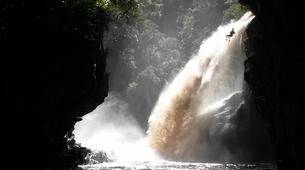 Abseilen-George-Abseiling down the Swart River Waterfall-3