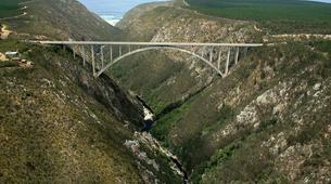 Bungeejumping-Plettenberg Bay-World's highest bridge bungy, 216m from Bloukrans Bridge-5