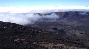 Randonnée / Trekking-Volcan Piton de la Fournaise-Randonnée sur le Piton de la Fournaise sur l'île de La Réunion-2