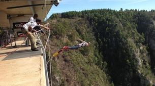 Bungeejumping-Plettenberg Bay-World's highest bridge bungy, 216m from Bloukrans Bridge-4