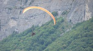 Paragliding-Grenoble-Tandem paragliding flight over Saint Hilaire du Touvet in Grenoble-2