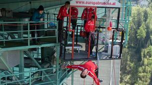 Bungeejumping-Innsbruck-Bungee Jumping von der Europabrücke (192 Meter) bei Innsbruck-3