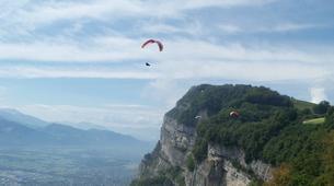 Paragliding-Grenoble-Tandem paragliding flight over Saint Hilaire du Touvet in Grenoble-3
