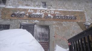 Raquette à Neige-Pyrénées Orientales-Raquettes à Neige et Nuit en Igloo à Mont Louis, près de Font-Romeu-3