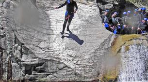 Canyoning-Ajaccio-Descente du canyon de la Richiusa à Bocognano près d'Ajaccio-4