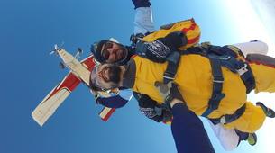 Skydiving-Madrid-Tandem skydive from 4000 meters near Madrid-11