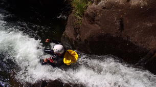 Canyoning-Nuria-Canyoning in Lower Nuria Canyon in Vall de Nuria-3