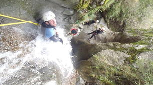 Canyoning-Nuria-Canyoning in the Salt del Grill Canyon in Nuria-1
