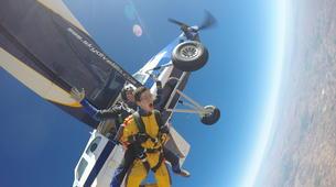 Skydiving-Madrid-Tandem skydive from 4000 meters near Madrid-14