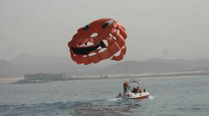 Parachute ascensionnel-Puerto del Carmen, Lanzarote-Vol en Parachute ascensionnel à Puerto del Carmen, Lazarote-1