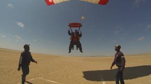 Fallschirmspringen-Swakopmund-Tandem skydive in Swakopmund, Namibia-6