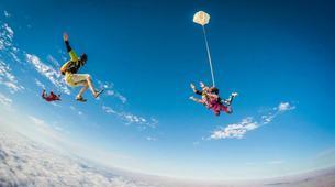 Fallschirmspringen-Swakopmund-Tandem skydive in Swakopmund, Namibia-2