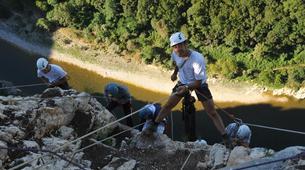 Escalade-Ardèche-Rappel Géant de 180 mètres dans les Gorges de l'Ardèche-3
