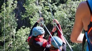 Canyoning-Ardèche-Canyon familial avec tyrolienne dans les gorges de l'Ardèche-2