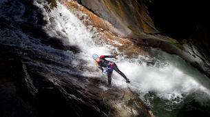 Canyoning-Ardèche-Aerocanyon Ultra avec 360m de Tyroliennes dans les gorges de l'Ardèche-1