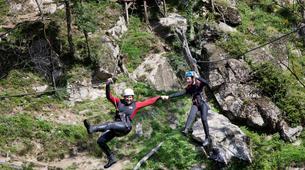 Canyoning-Ardèche-Canyon familial avec tyrolienne dans les gorges de l'Ardèche-1