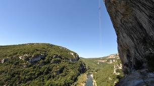 Escalade-Ardèche-Rappel Géant de 180 mètres dans les Gorges de l'Ardèche-1