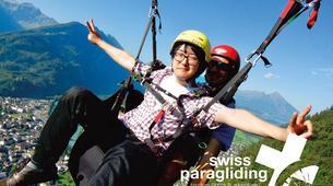Paragliding-Interlaken-Tandem paragliding flight in Beatenberg near Interlaken-1