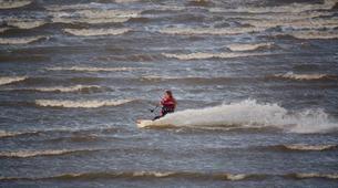Kitesurfing-Rye-Kitesurfing courses on Camber Sands Beach near Rye-7
