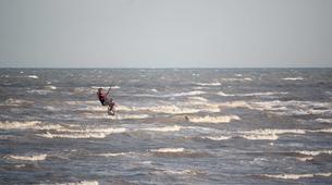 Kitesurfing-Rye-Kitesurfing courses on Camber Sands Beach near Rye-8