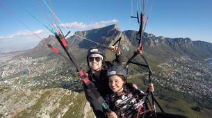 Paragliding-Cape Town-Tandem paragliding near Table Mountain in Cape Town, South Africa-4
