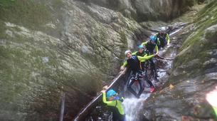 Canyoning-Castelnuovo di Garfagnana-Canyon des Rio Selvano bei Florenz-3