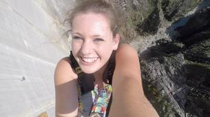 Bungee Jumping-Ticino-Bungee jumping from the Verzasca Dam (220 m.)-2