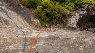 Rápel-Wanaka-Beginner's abseiling excursion in Wanaka-5