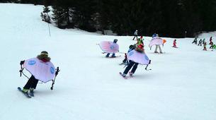 Snow Experiences-La Clusaz, Massif des Aravis-Wingjump discovery course in La Clusaz-3
