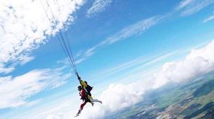 Skydiving-Taupo-Saut en parachute en tandem à Taupo, Nouvelle-Zélande-3