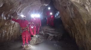 Spéléologie-Les Carroz, Le Grand Massif-Spéléologie dans la Grotte de Balme en Haute-Savoie-3
