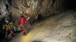 Spéléologie-Les Carroz, Le Grand Massif-Spéléologie dans la Grotte de Balme en Haute-Savoie-4