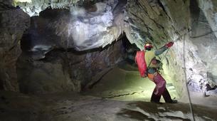 Spéléologie-Les Carroz, Le Grand Massif-Spéléologie dans la Grotte de Balme en Haute-Savoie-2