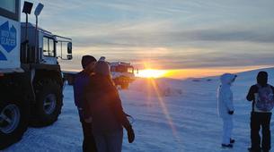 Excursión a los glaciares-Húsafell-Ice tunnel excursion to Langjokull glacier in Iceland-5