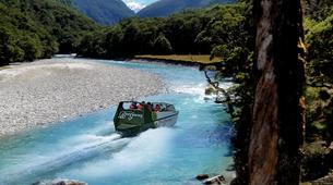 Lancha a Motor-Wanaka-Jet boating excursion and wilderness walk in Wanaka-1