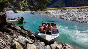 Lancha a Motor-Wanaka-Jet boating excursion and wilderness walk in Wanaka-5