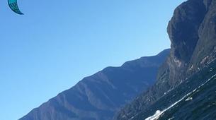 Kitesurfing-Lake Como-Beginner kitesurf course 5 hours in Lake Como-3