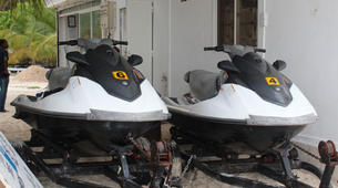 Jet Skiing-Zanzibar-Jet Ski safari to Mnemba Island-5