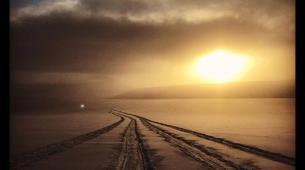 Snowmobiling-Svalbard-Snowmobiling through the Midnight Sun in Svalbard-3