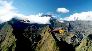 Helicoptère-Saint-Pierre-Survol des Volcans et Cirques de La Réunion en Hélicoptère-1