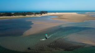 Kitesurf-Praia do Bilene-Kitesurfing Lessons on Bilene Lagoon-6