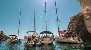 Voile-Milos-Semi-Private Sailing Tour in Milos, with Highlights to Kleftiko and Sykia Cave-4