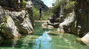 Canyoning-Alta Garrotxa-Family canyoning at Saint Aniol in Alta Garrotxa-3